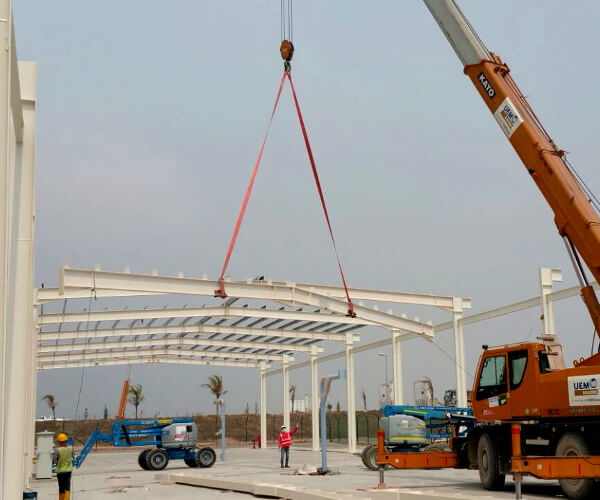 Design & Build Steel Structure for sports facility